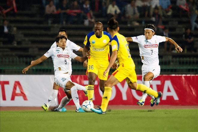 Sanna Khánh Hòa advance to Toyota Cup semis
