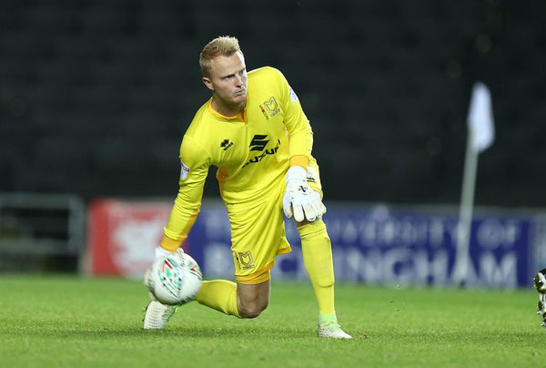 Hoàng Anh Gia Lai sign Dutch goalkeeper