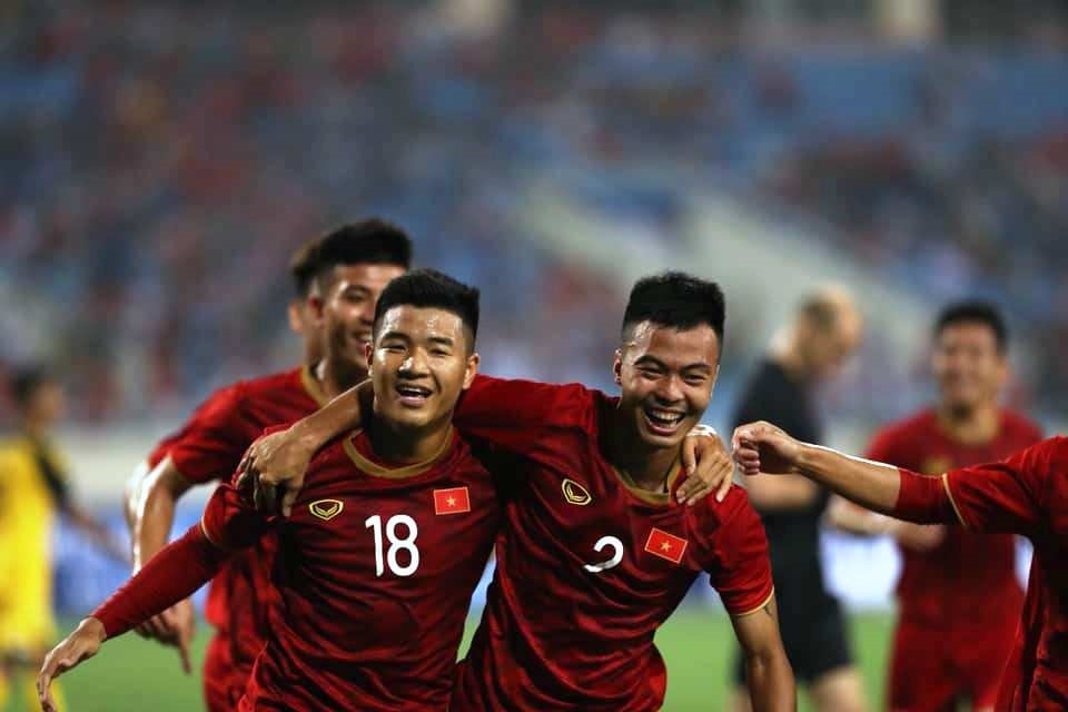 Việt Nam cruise past Brunei in opener