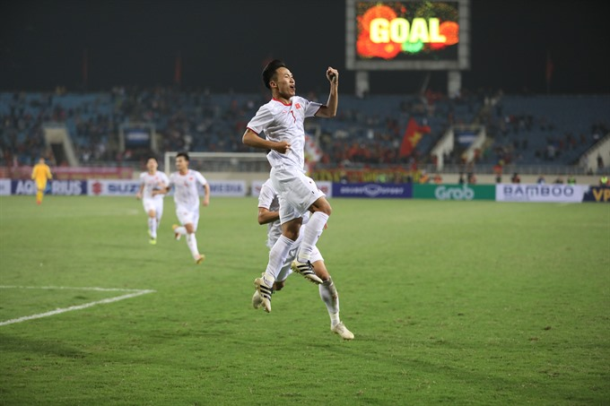 Việt Nam leave it late to beat Indonesia